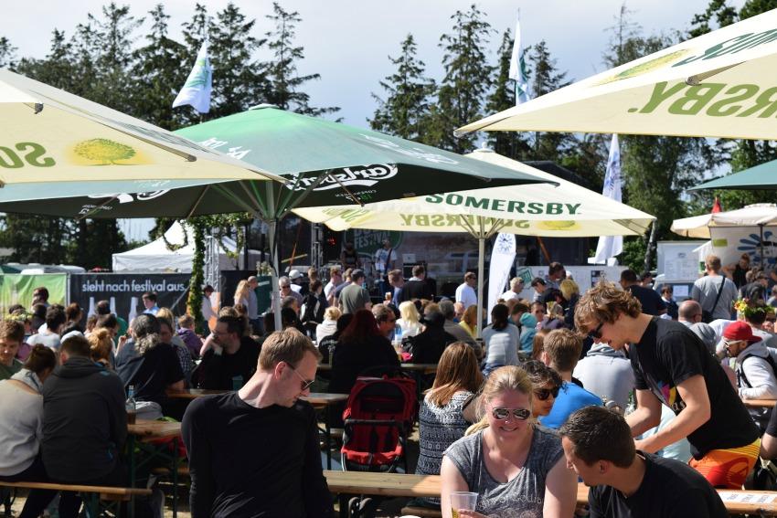 Somersby Midsummer Bulli Festival Leute