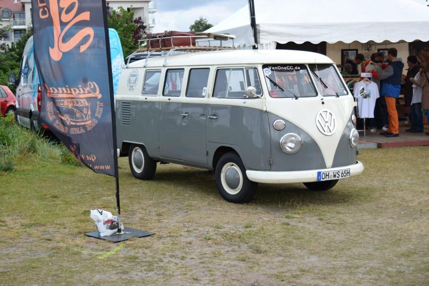 Somersby Midsummer Bulli Festival grauer Bulli