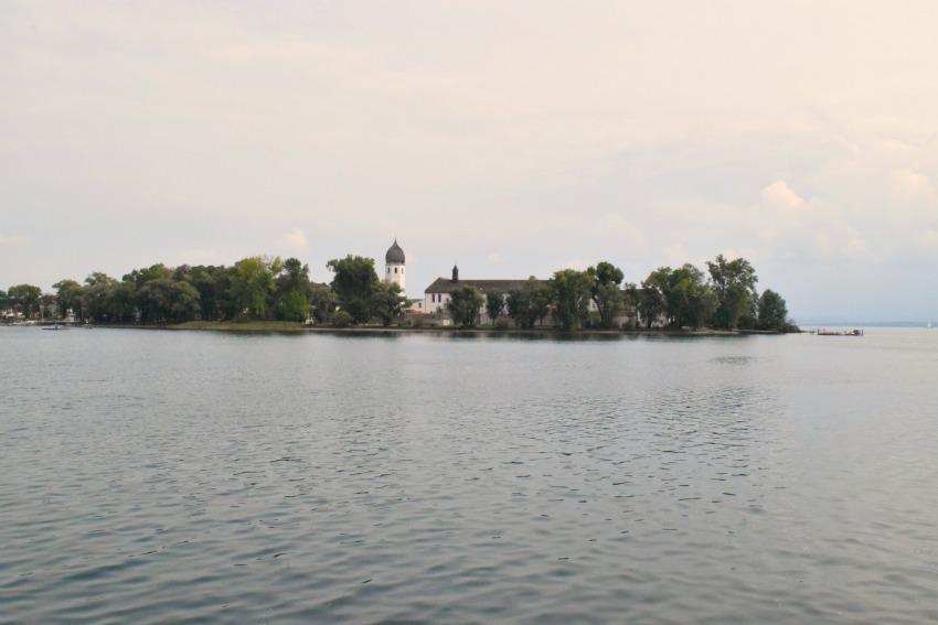 Chiemsee Fraueninsel vom Boot