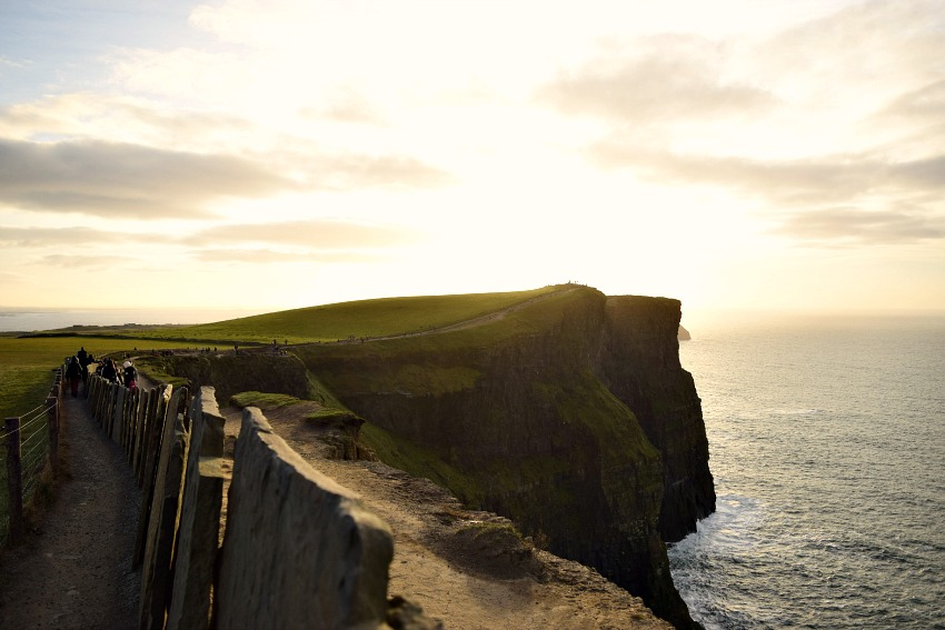 Irland Cliffs of Moher Weg