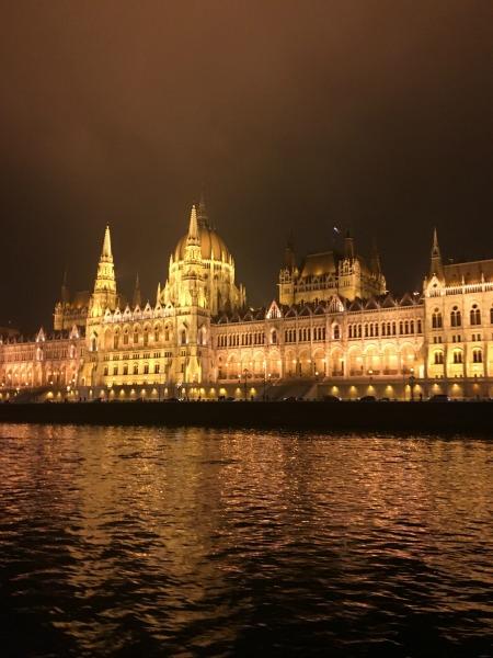 Budapest Parlament nah