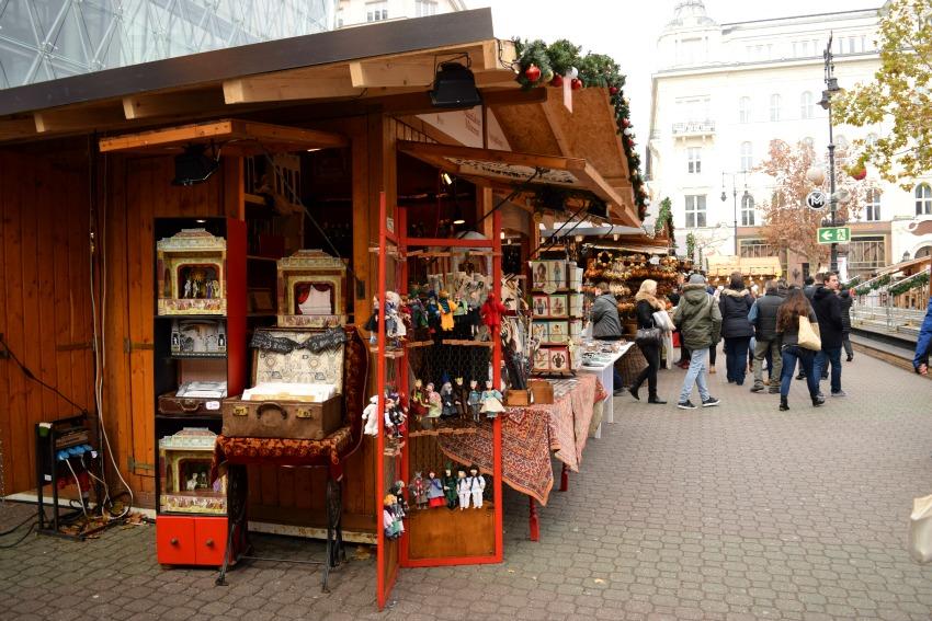 Budapest Weihnachtsmarkt Buden
