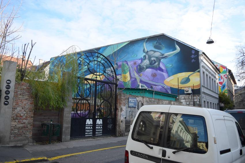 Das Jüdische Viertel in Budapest Street Art Bulle