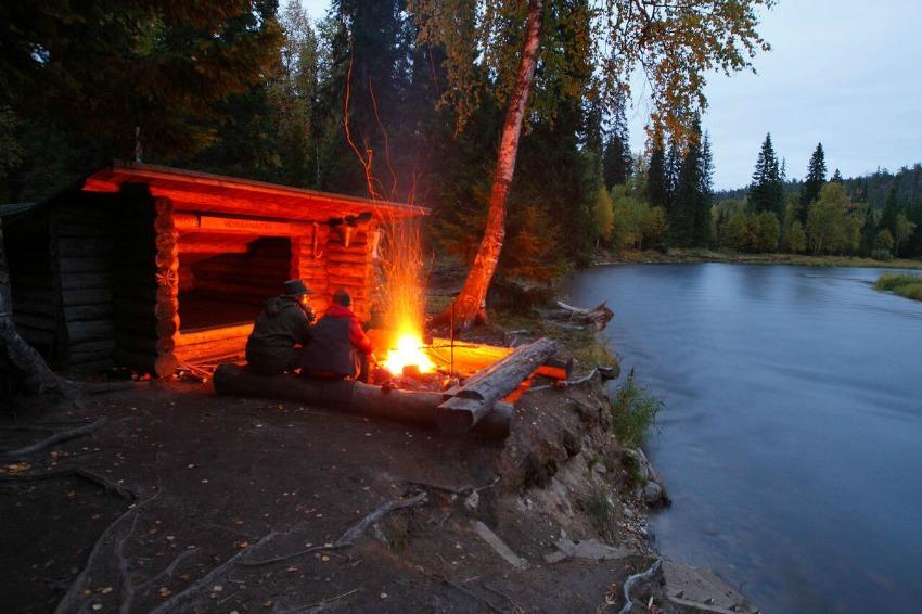 Reise nach Finnland Lagerfeuer