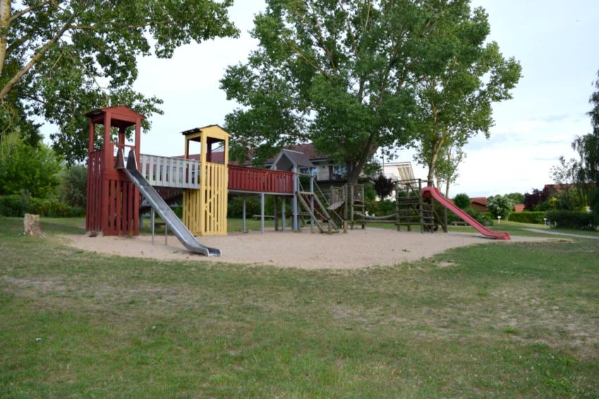 All Season Park Mirow Spielplatz