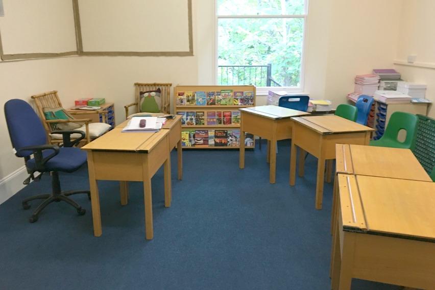 Sprachreise für Familien Trinity School Klassenraum