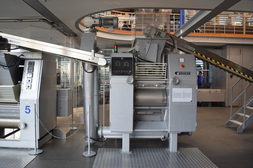 Besuch im Schokoladenmuseum in Köln Maschine