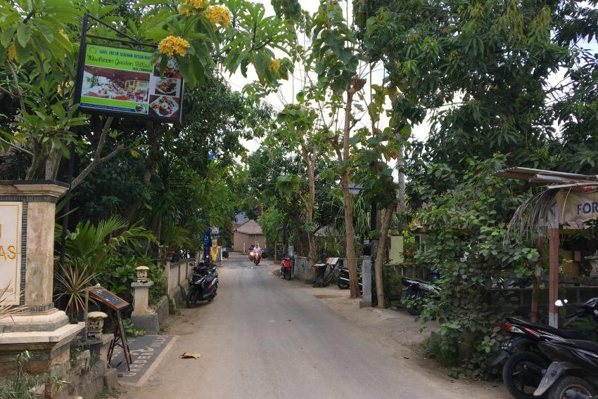Nusa Lembongan Streets