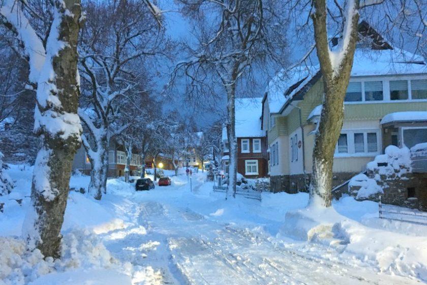 Rodeln im Harz - Schneegestöber im Winter Wonderland