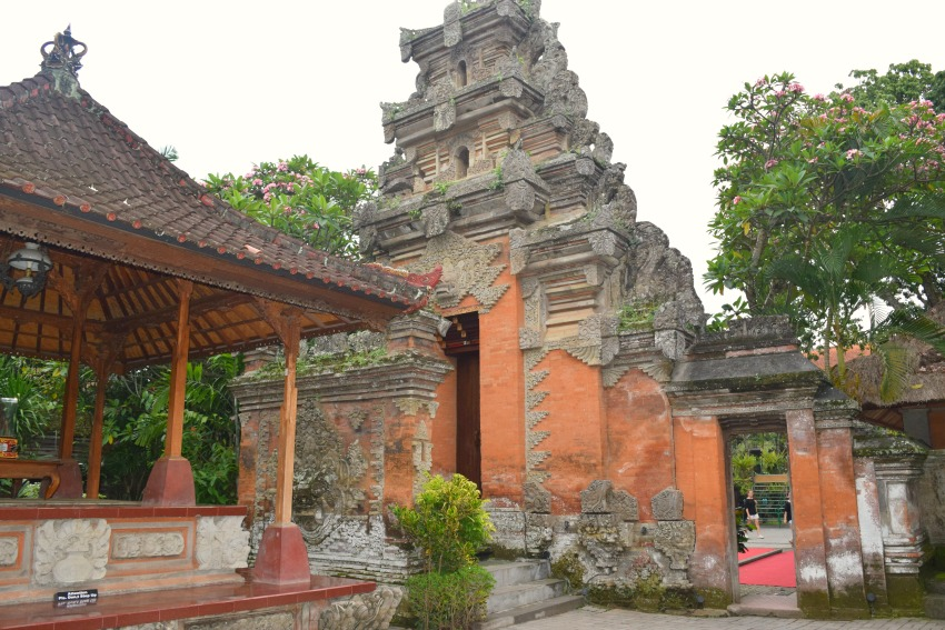 Ubud Highlights Palace
