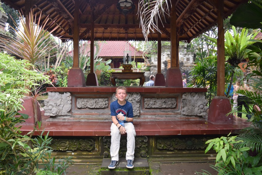 Ubud Highlights Pause im Tempel