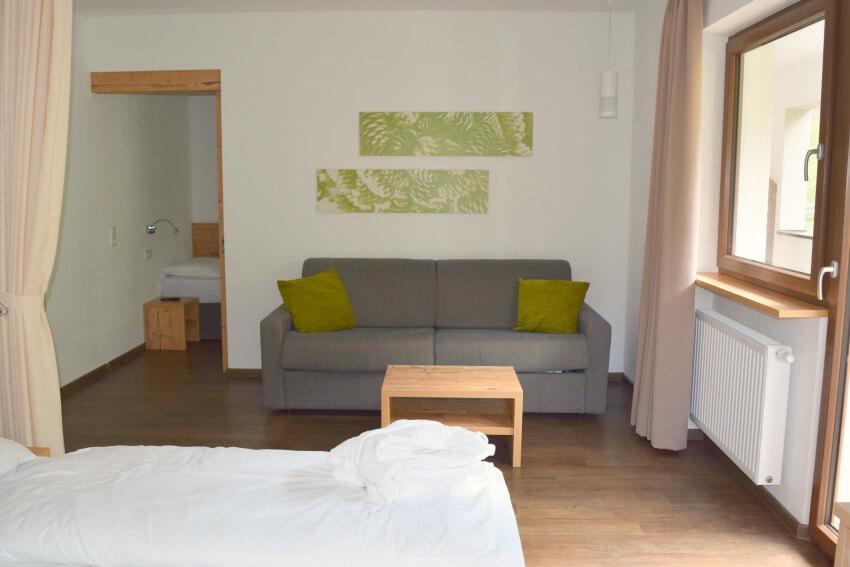 Hotel Almina im Jaufental Sitzecke