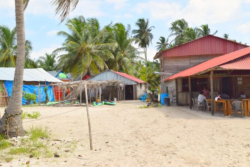 San Blas Inseln Isla Diablo Hütten