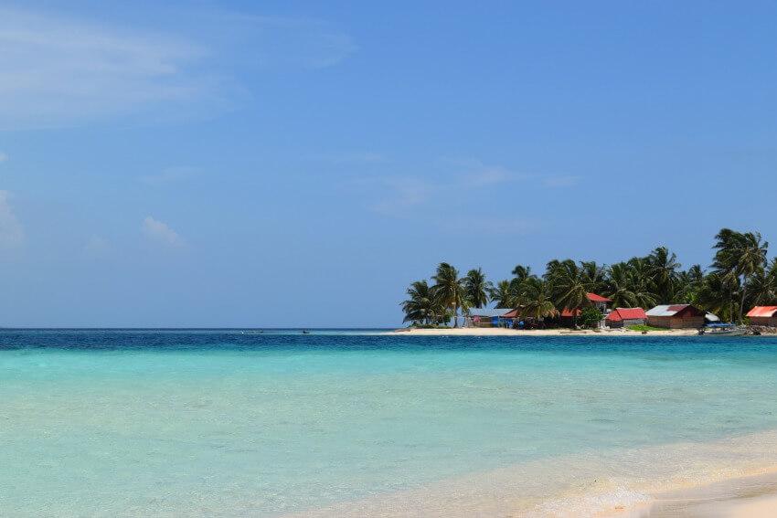 San Blas Inseln Isla Diablo von Isla Perro fotografiert