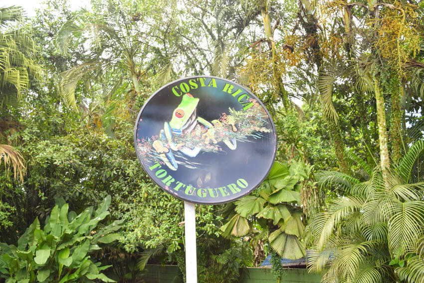 Tortuguero Nationalpark in Costa Rica Schild