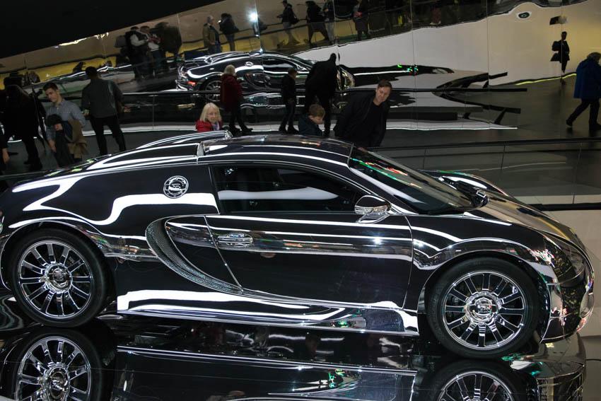 Autostadt Wolfsburg mit Familie - Bugatti Veyron
