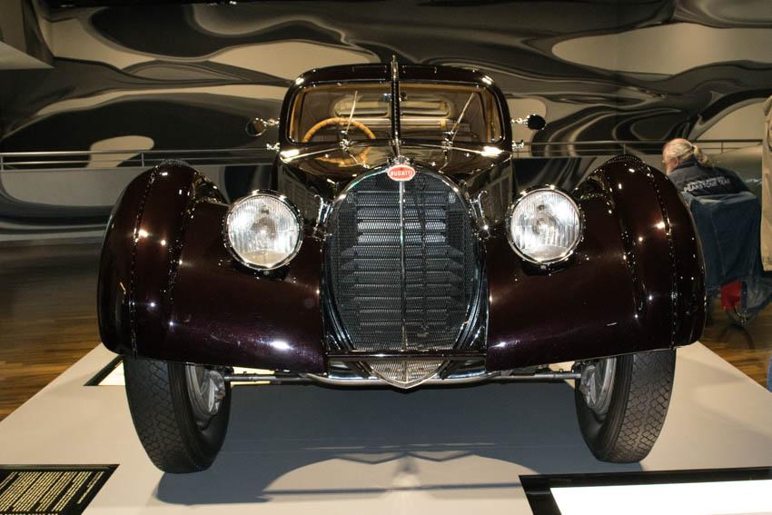 Autostadt Wolfsburg mit Familie - Bugatti