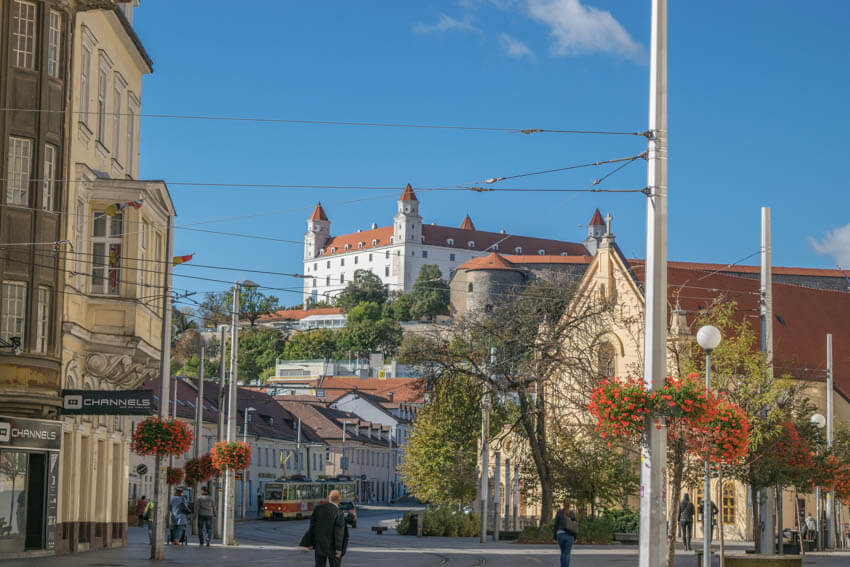 Bratislava Burg von der Altstadt
