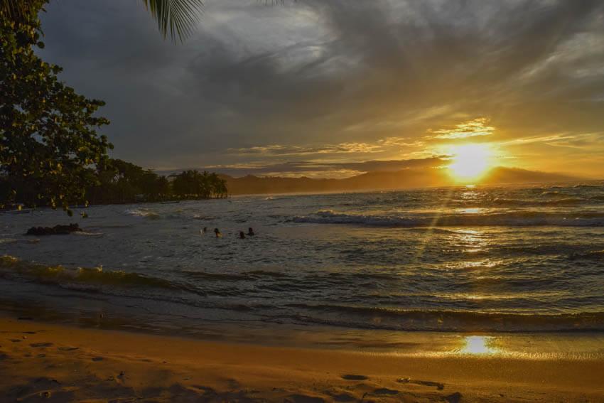 Costa Rica Roadtrip Puerto Viejo Sonnenuntergang