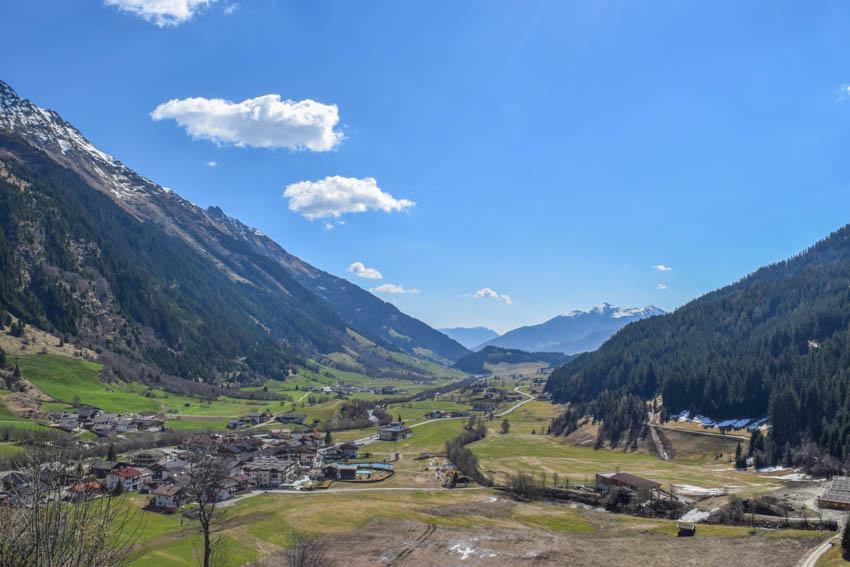 Wanderung zur Martalm Blick ins Ridnauntal