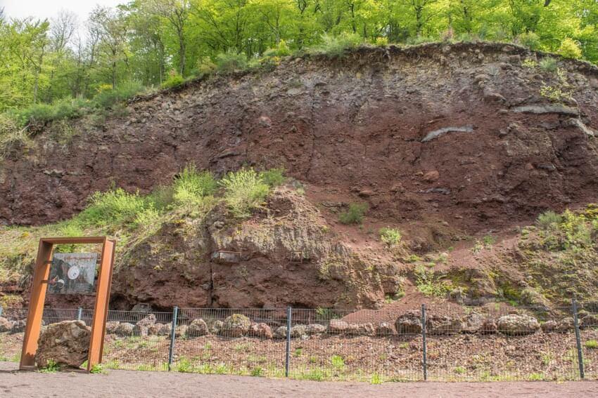 Vulkaneifel Lavawand Vulkanerlebnispfad
