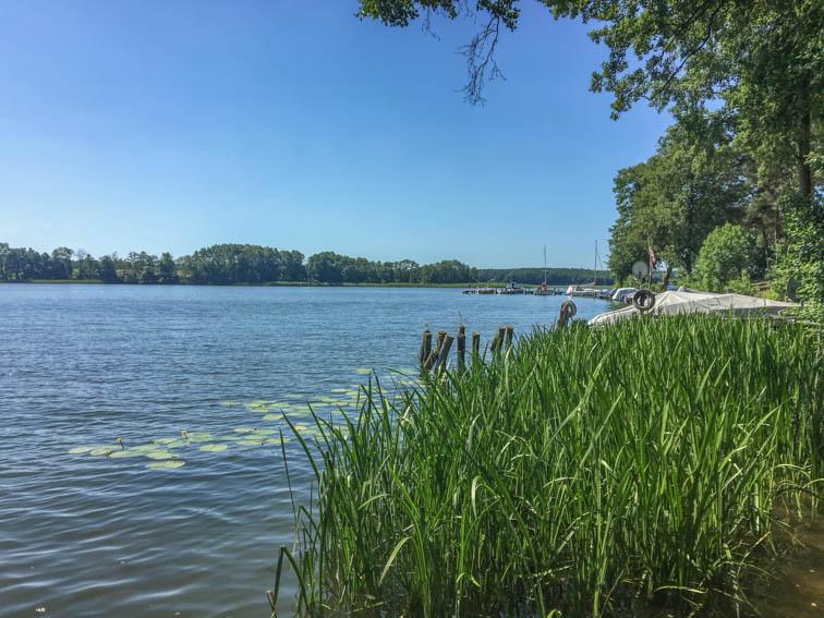 Floßfahrt auf der Mecklenburgischen Seenplatte Canower See
