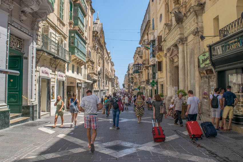 Unterwegs in Maltas Hauptstadt Valletta - Republic Street